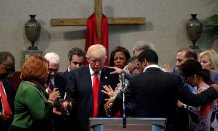 Presidente americano Donald Trump faz convocação a pastores para orar contra a pandemia