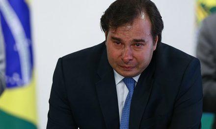 A população se une pelo impeachment de Rodrigo Maia